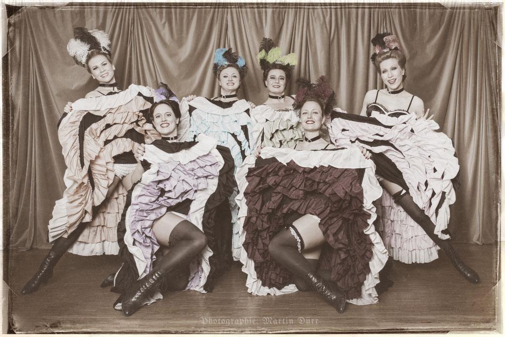 French Cancan-Tänzerinnen buchen für eine Cancan-Tanzshow? Moulin Rouge Motto Event, Wild West Girls, Saloon Girls Dancers, Can Can Dancers South Germany Munich Bavaria