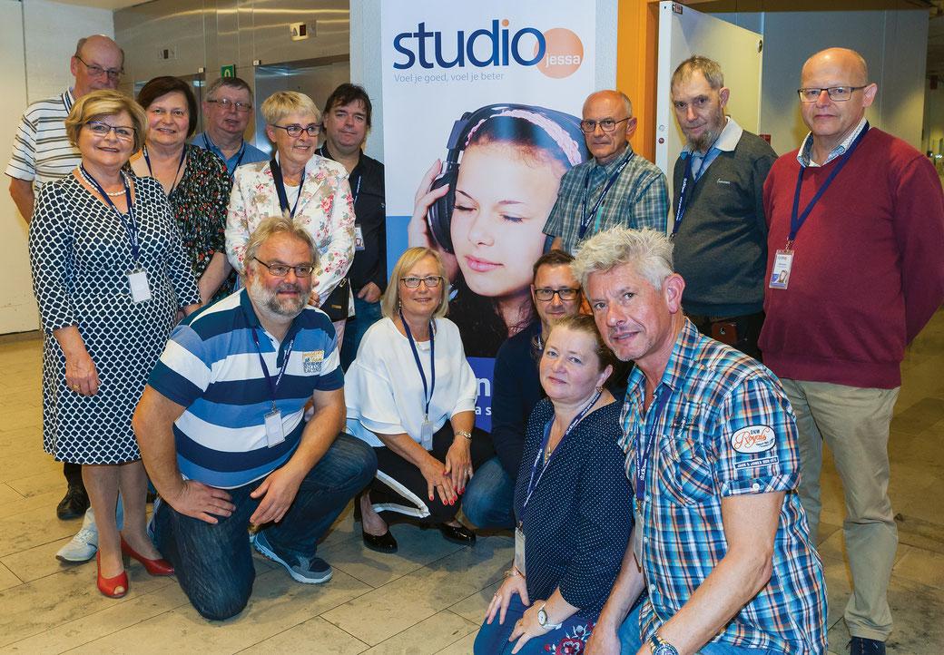 Een aantal VRTO-medewerkers na de startuitzending van Studio Jessa op 28 september 2018