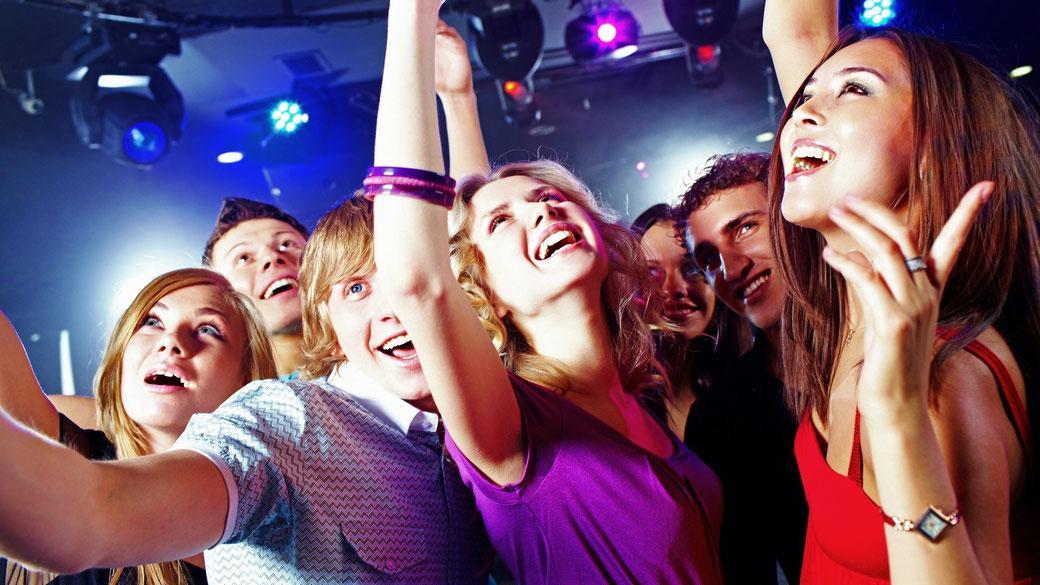 """Ein Tag ohne Musik ist ein verlorener Tag - Musik ist wie das """"tägliche Zähneputzen"""" ..."""