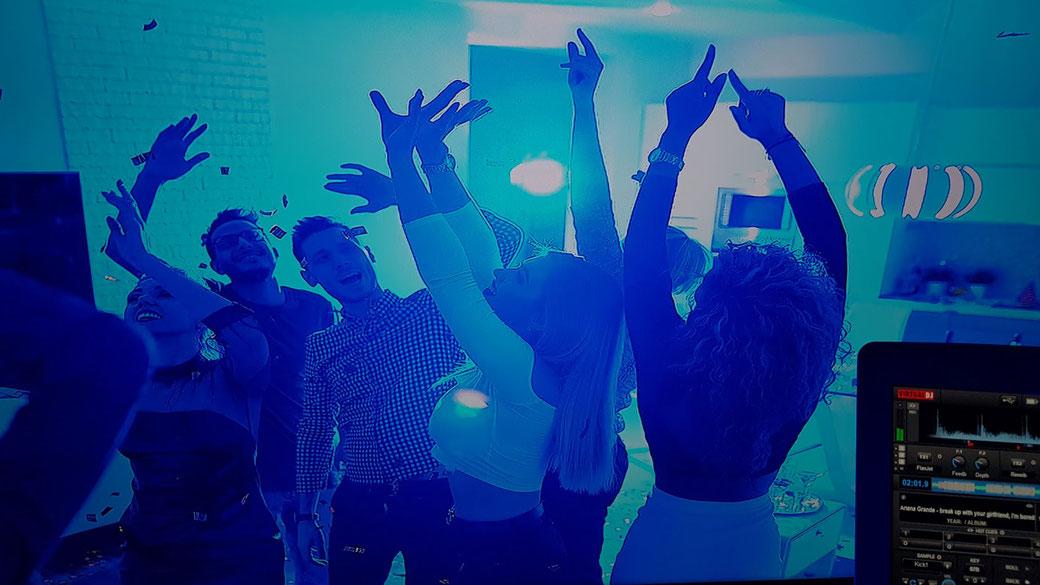 DJ System - der Discjockey bespielt die Lokalität dezentral über Online Verbindung