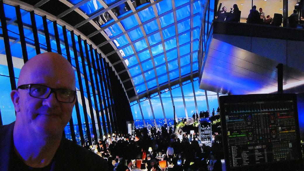 Event DJ München - DJ Chris Bernard (DJ CB), Party München, Events with a view, DJing @ Beach, Club, Wedding, Business, Hotel, Spa, Holiday