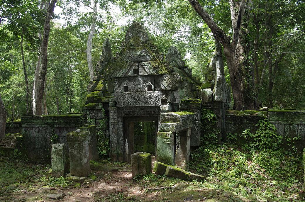 Eine kleine Tempelanlage in Koh Ker