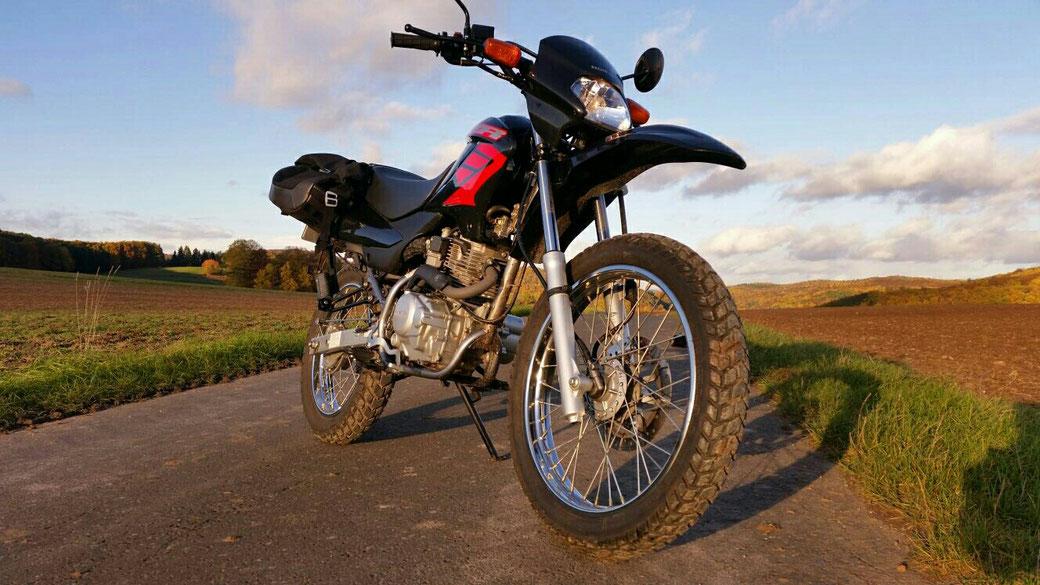 Honda XR 125 L - Klicke auf das Bild und der Link öffnet sich.