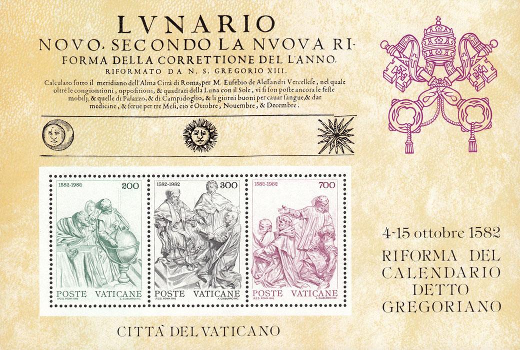 Zum Thema Musik-Kalender sieht man eine Briefmarke des Vatikans, ein Block.  In der oberen Hälfte liest man italiensiche Schrift, in der unteren Hälfte sind drei perforierte Briefmarken, in den rechten 20 % ist der Hinweis zur Kalenderreform.