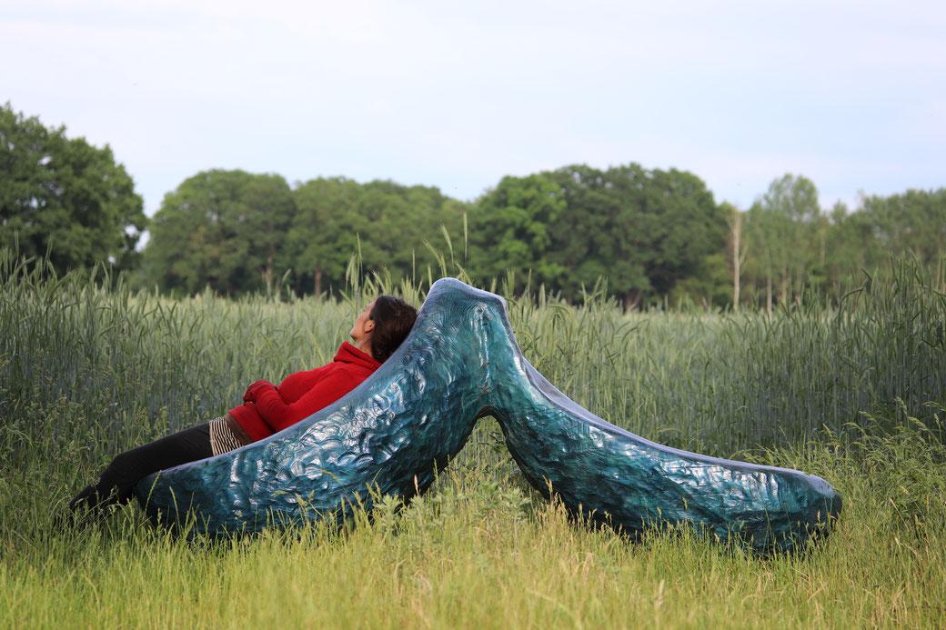 #Gartenbank #einzelstück #designerstück #kunst #KatharinaMörth #Bildhauerin #oleanderweg #kunstimöffentlichenraum #landschaftplanenbauen