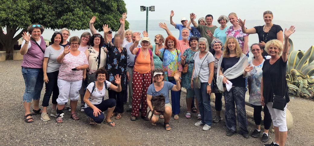 Unsere Reisegruppe in Kapernaum am See Genezareth