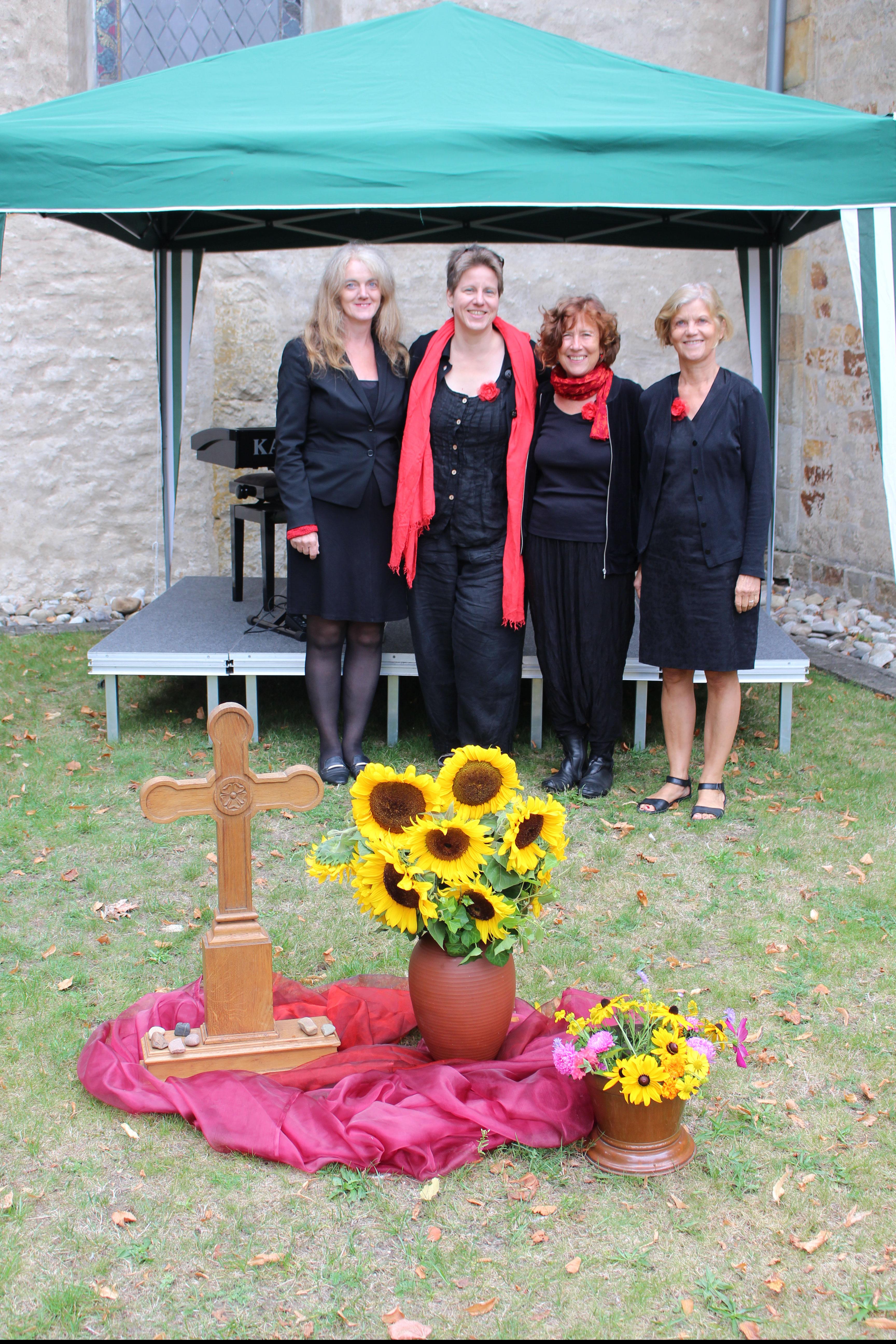 Foto von Birgit Gilmann: open air Gottesdienst 1. September 2019 mit den Klezmerschicksen - Der Abendsalon zu Gast in Versmold-Bockhorst
