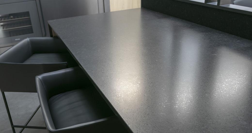 Virtuvės stalas iš presuotos keramikos
