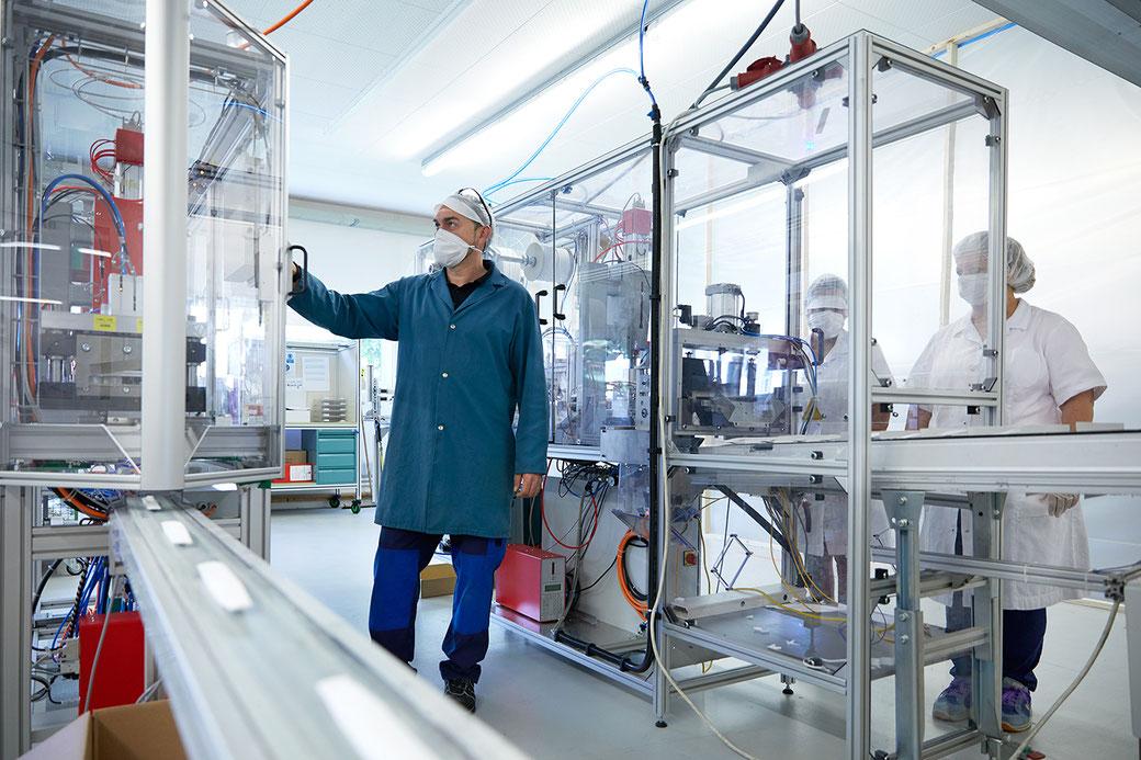 Der Watteproduzent FLAWA diversifiziert und  spezialisiert sich neu auch auf Schutzmasken