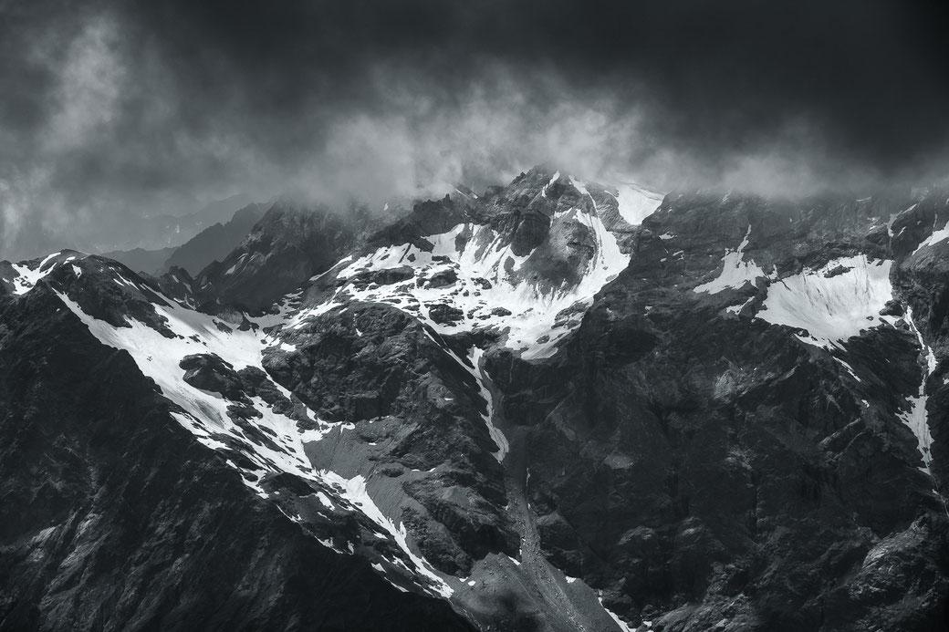 Alpenpieken Breuil Cervinia - Italië © Jurjen Veerman