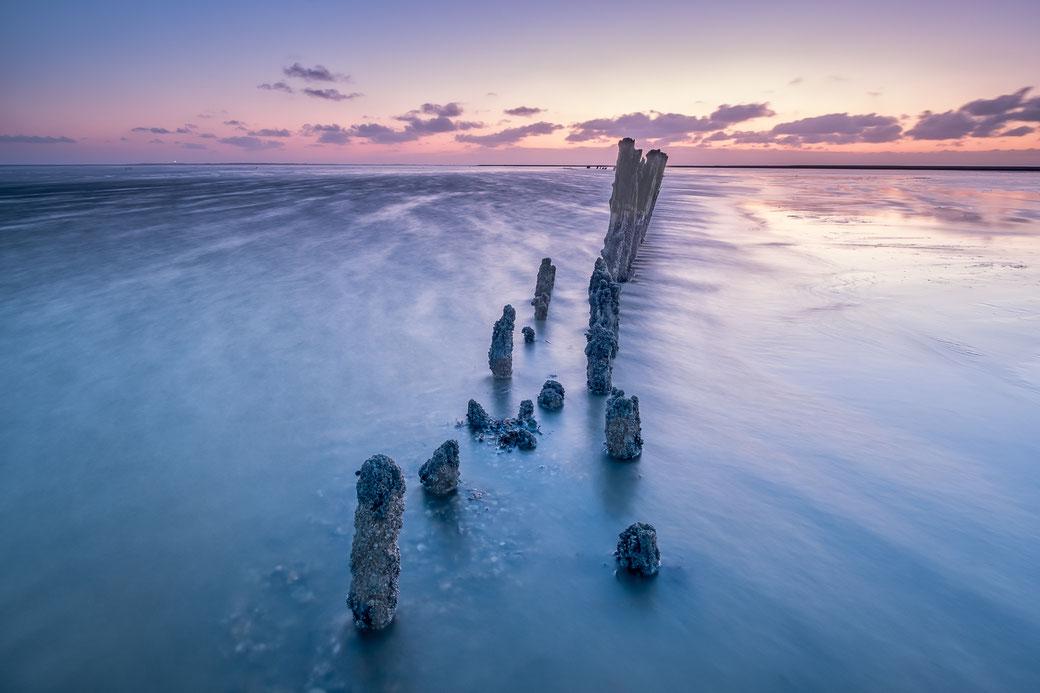 Laag water, eb op het Noordzeestrand van Formerum op het Waddeneiland Terschelling