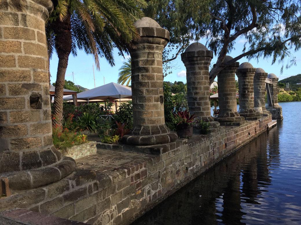 Das alte Dock von Admiral Nelson