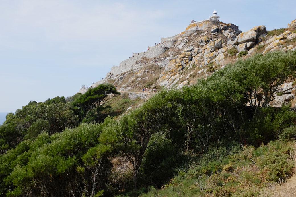 Der Leuchtturm auf der Isla Cies vor der Ria de Vigo