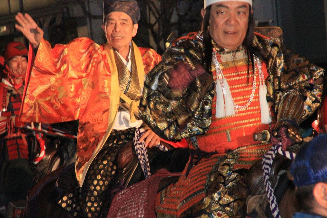 武田信玄公役の三遊亭小遊三さんと、特別ゲストの林家木久扇さん