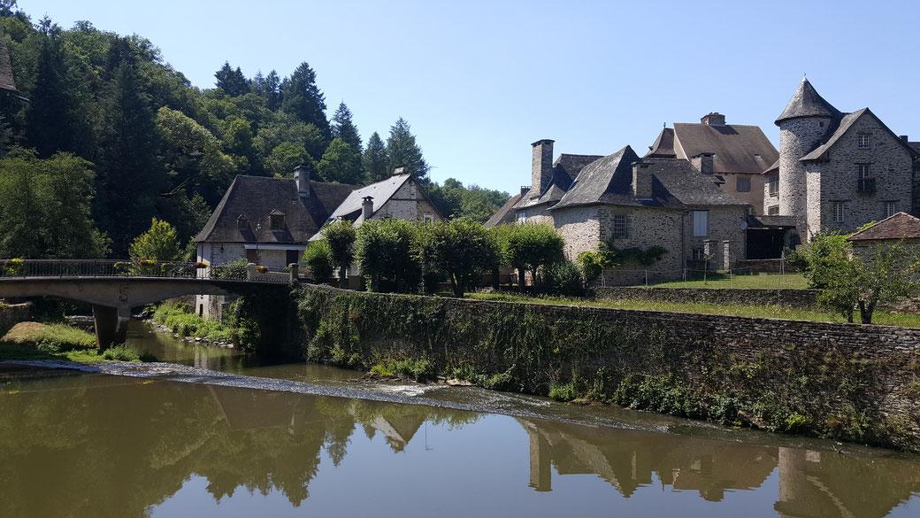 Village de Ségur Le Château