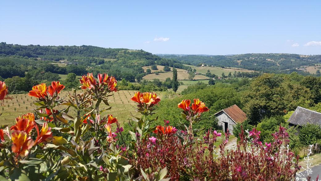 Vue de village d'Ayen en Corrèze