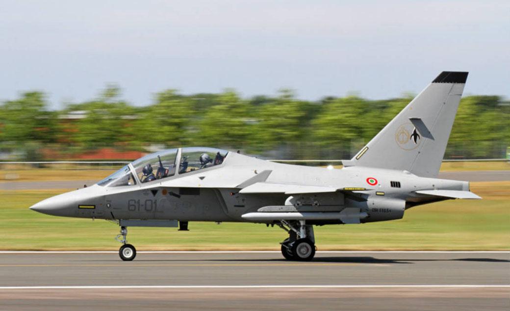 """Alenia Aermacchi T-346A """"Master"""" il nuovo addestratore avanzato. / © Aeronautica Militare."""