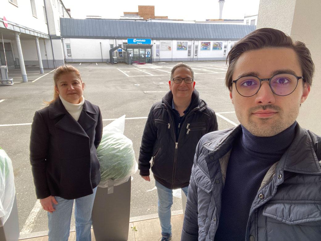 V.l.n.r.: Serpil Saglam (Stellvertretende Vorsitzende SPD Muggenhof), Michael Ziegler (Stadtrat SPD Nürnberg), Kevin Kienle (Vorsitzender SPD Muggenhof)