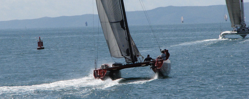 Catamaran APC Mas Racing