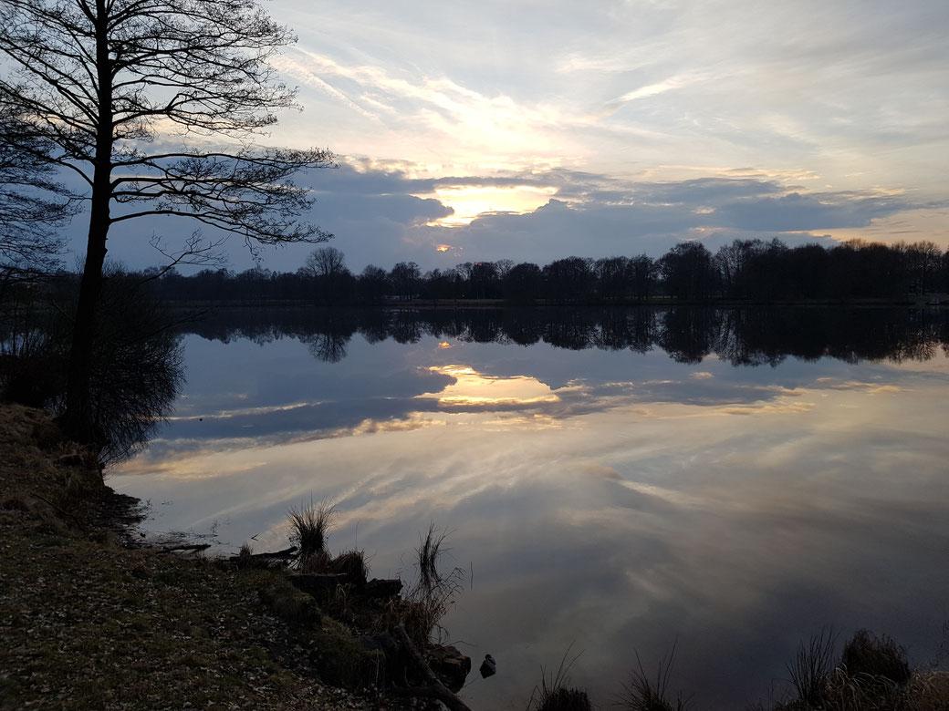 Sonnenuntergang am Tweelbäker See