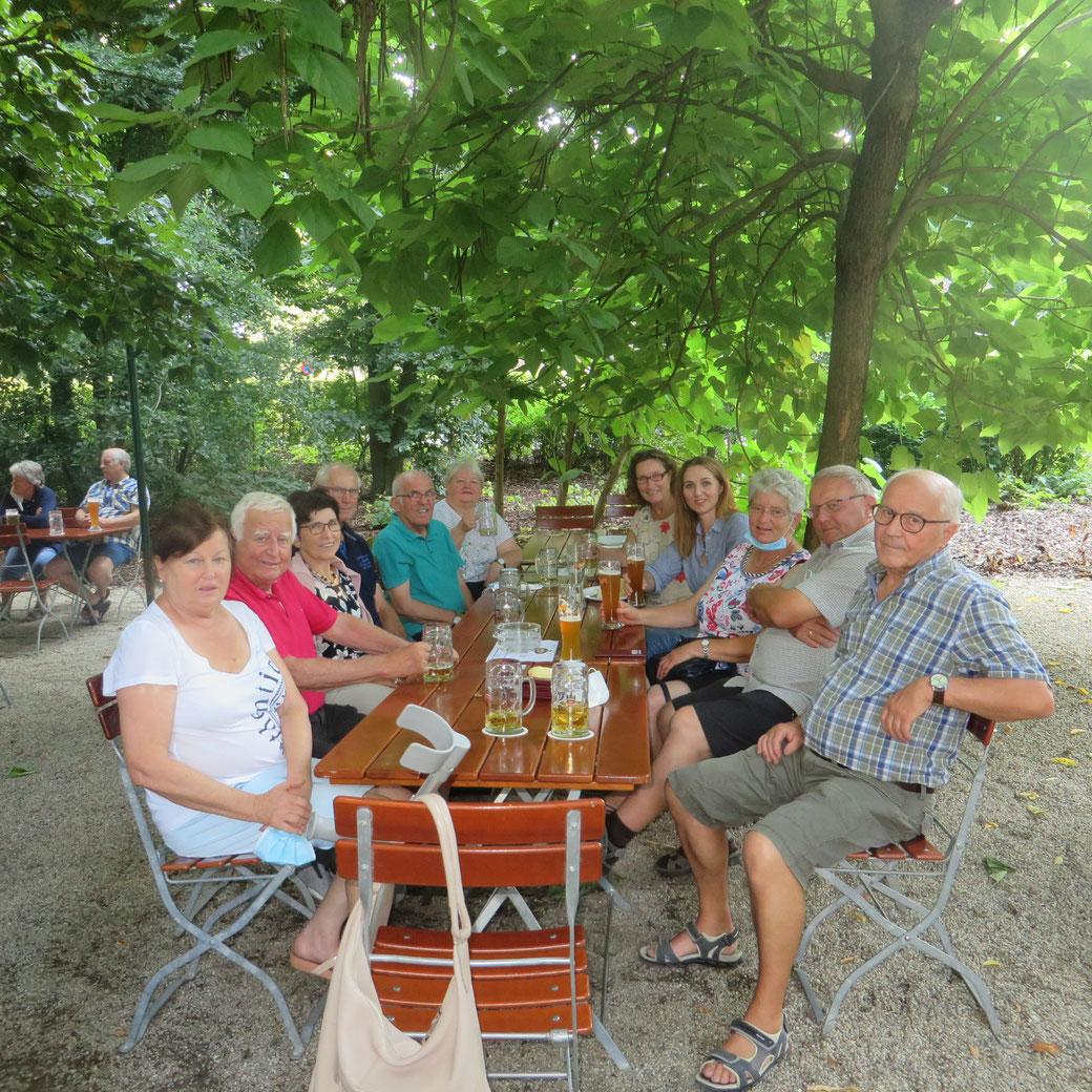 Gruppentreffen Im Biergarten Leukamie Selbsthilfegruppe Passau