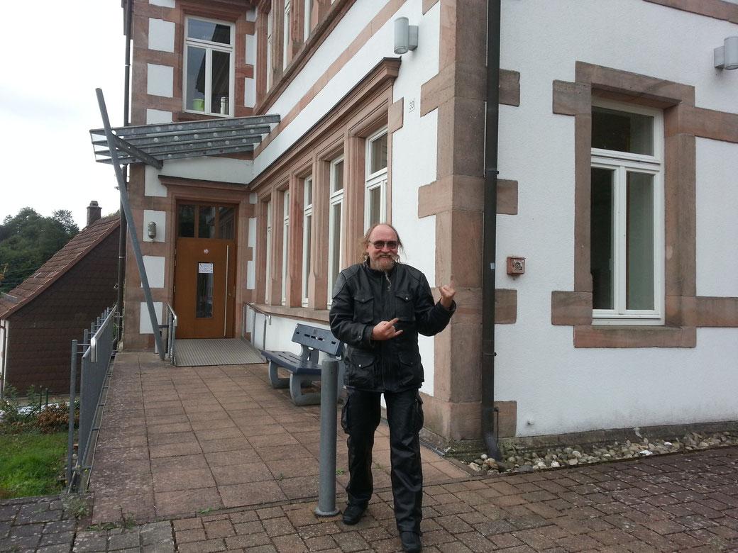 50 Fucking YEARS nach meiner Einschulung in Föckelberg OMG.....