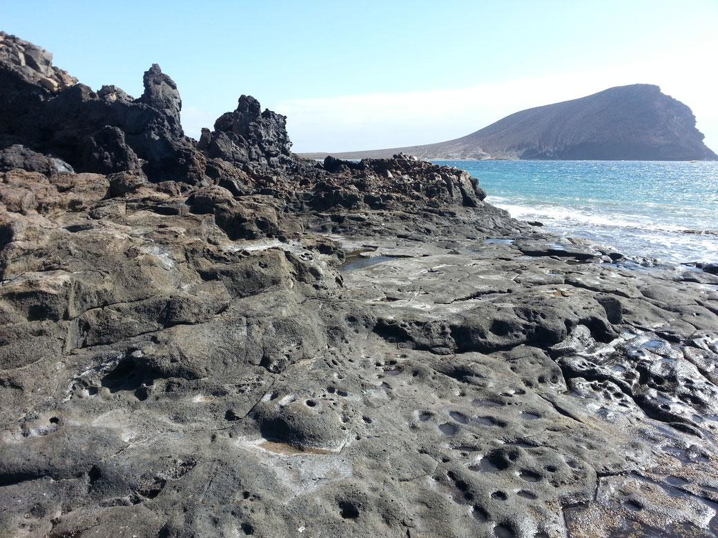 Dies ist ein Stück Weg von heute. Rechts seht ihr wo ich gestern war und zwar oberhalb der Nase von dem Felsen...
