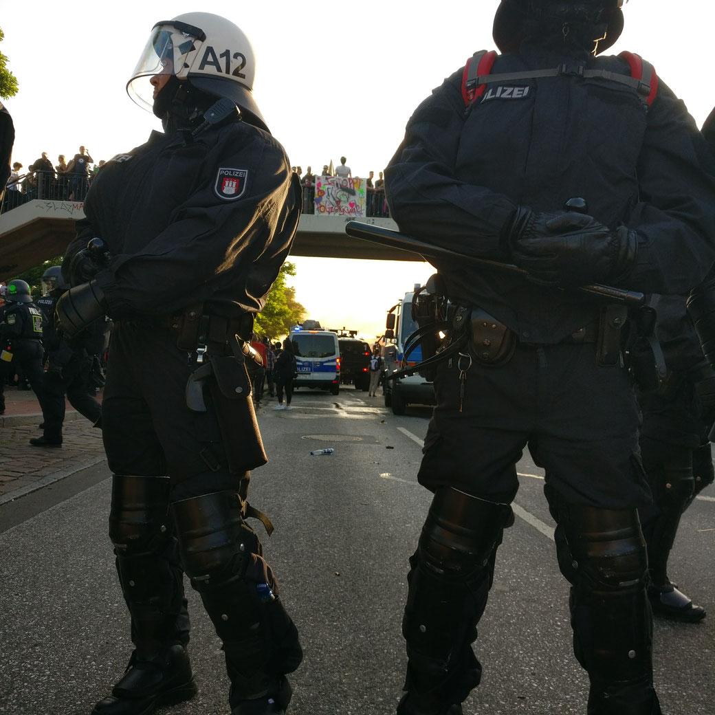 Sicherheit durch übermächtige Präsenz? Beispiel G20 in Hamburg zeigt: Bürgerrechte schützt man anders! Foto: privat