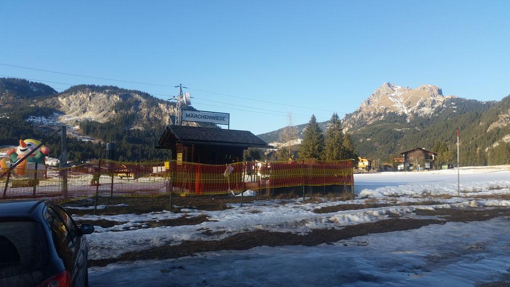 Die Märchenwiese für Kinder... bei genügend Schnee ein Tummelplatz für die Kids...