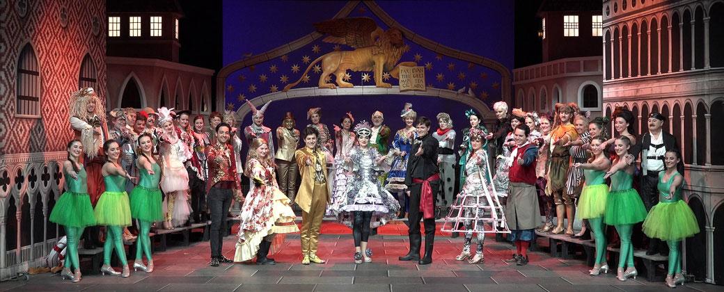 """Gruppenfoto """"Eine Nacht in Venedig"""" - Theatergesellschaft Arth 2020"""