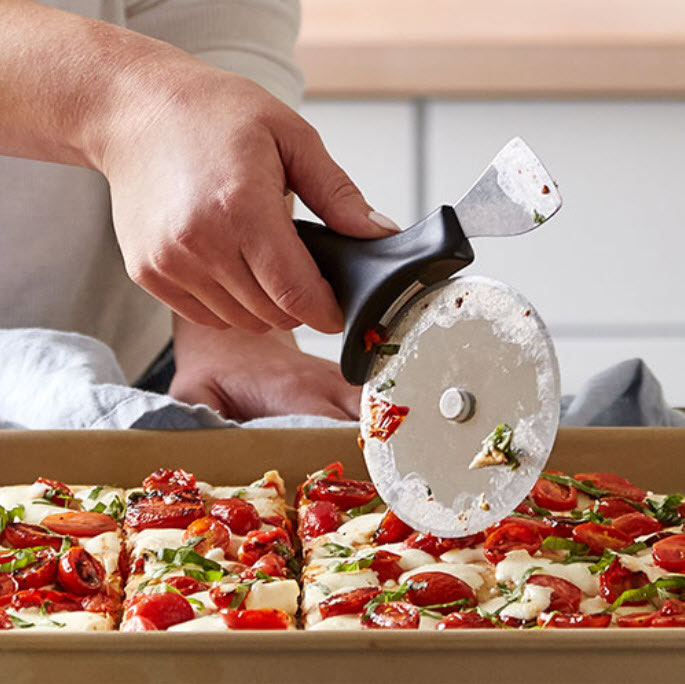#pizzaschneider-pamperedchef #pizza-schneiden-Pizzarad #pamperedchef #Pizzaschneider-onlineshop #martina_ziehl