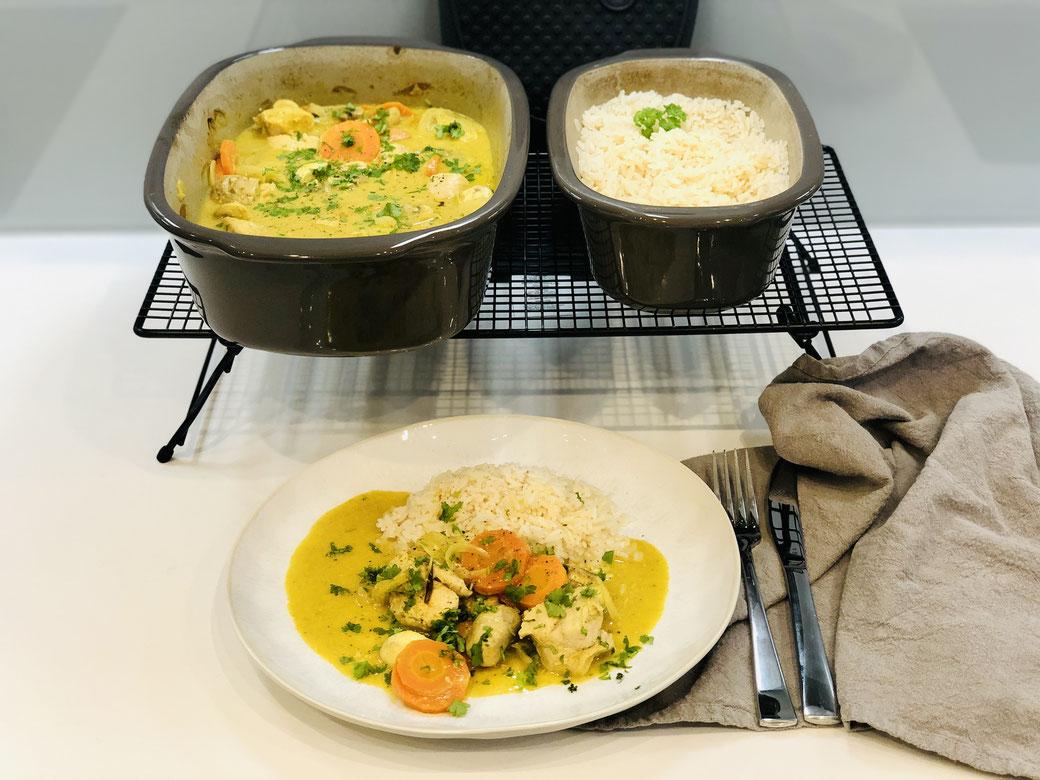 Feines Putencurry aus dem Ofenmeister mit Reis aus dem kleinen Zaubermeister Lily. Du kannst dieses Curry Rezept auch im Grundset zubereiten ♥