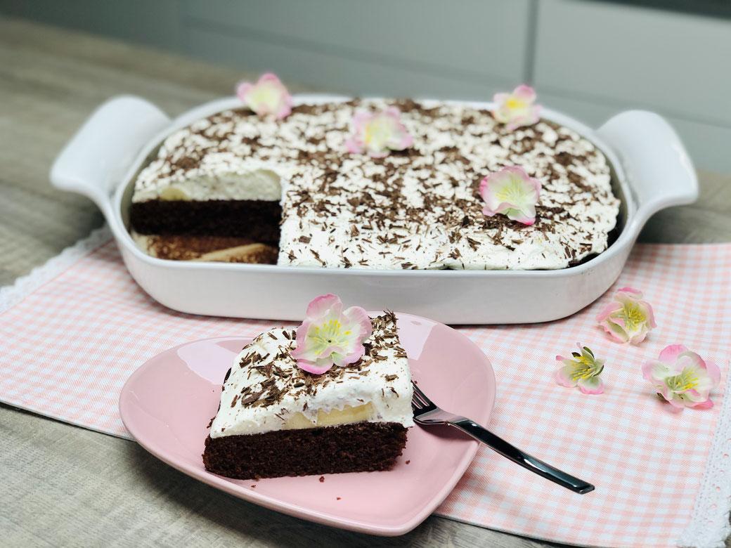 Diese Paradiescreme Torte ist schnell zubereitet und wird dich süchtig machen nach mehr :) Gebacken habe ich diese Torte im flachen großem Bäker von Pampered Chef® Gefüllt mit Bananen und einer leckeren Vanilla Creme von #Dr. Oetker ist diese Torte spitze