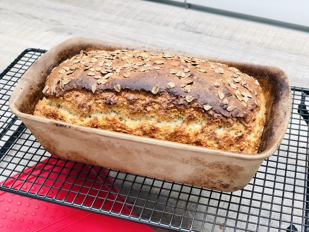 Backe dir dein Brot selbst und bekomme davon gute Laune