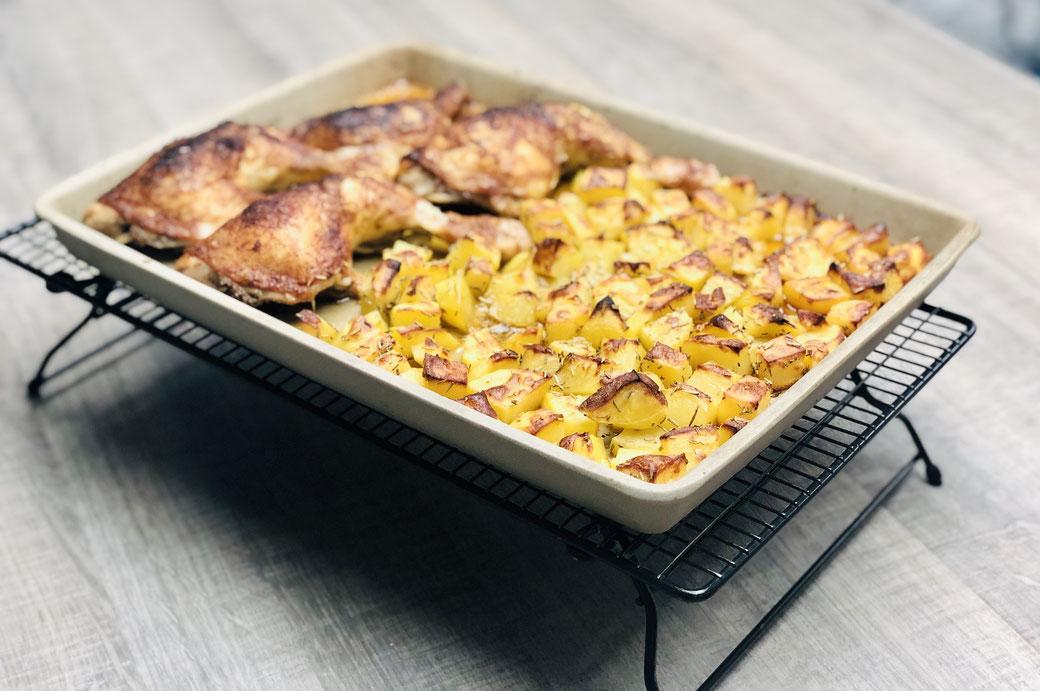 Mittagessen ohne Aufwand aus dem Backofen - natürlich in meiner Stoneware dem Ofenzauberer zubereitet.