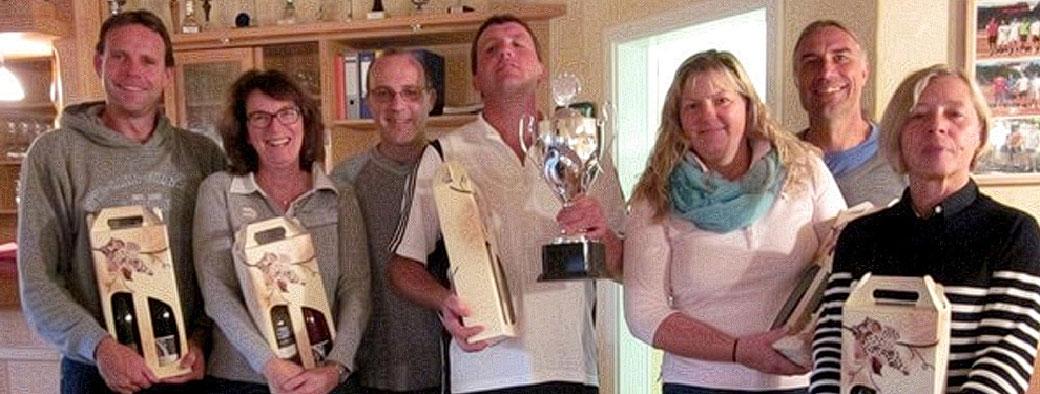Die Sieger des Mixed Turniers mit Sportwart Rainer Nerding