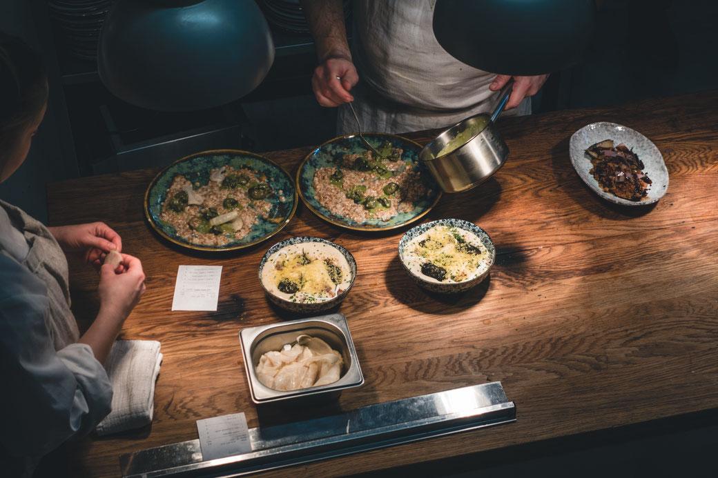 Saisonales für Liebhaber Saisonaler Kochkurs in Stuttgart: Was kommt wann in den Topf?