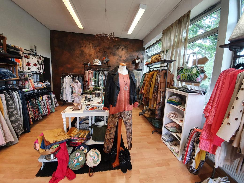 moamo - mode and more in Gießen Allendorf! Deine Adresse für aktuelle Fashion, Selbstgenähtes und vieles mehr!