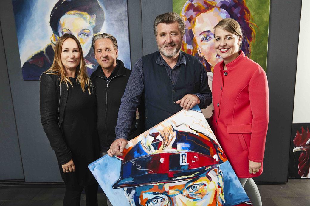 Daniel und die Kunst: die Galeristen Bianca und Volker Daniel mit Schauspieler Bruno F. Apitz