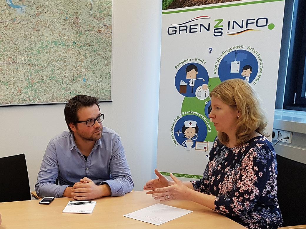 Berater*innen des GrenzInfoPunktes EDR: Michiel Malewicz und Kerstin van Hoorn.