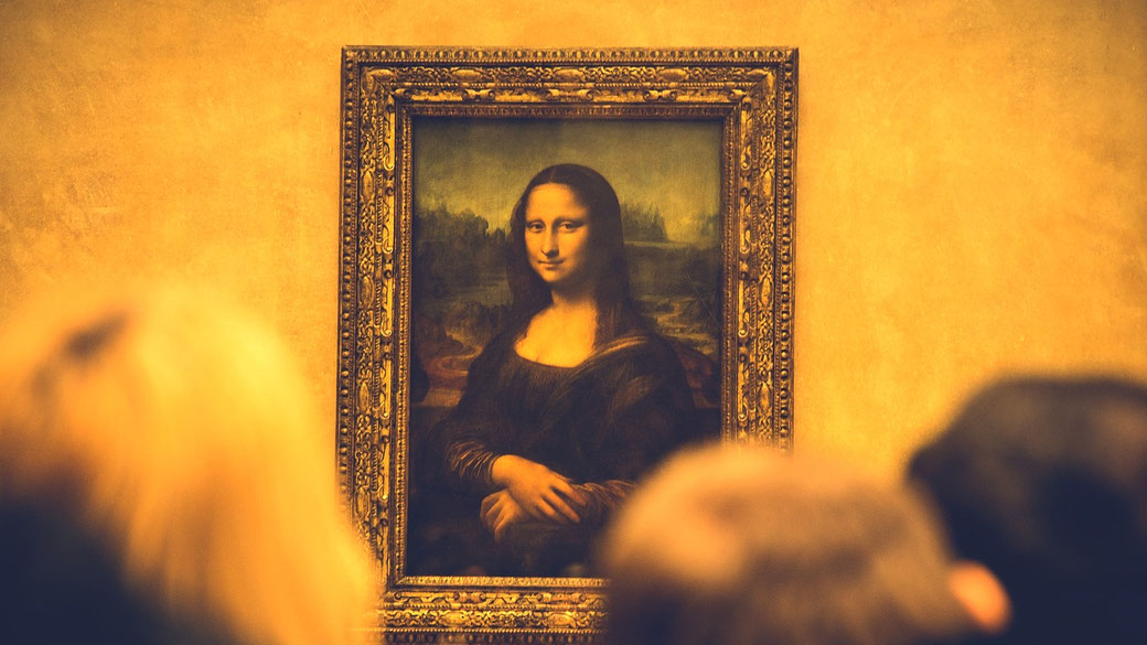 Mona Lisa by Leonardo da Vinci at the Louvre Museum. How does she do it?