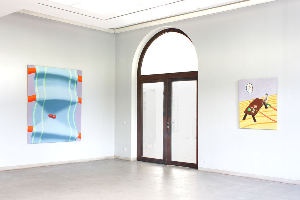 "Pia Krajewski, ""72. internationale bergische Kunstausstellung"" Kunstmuseum Solingen, left: oT (HagebuttenTuch) 2018, 180x150cm, right: oT (PomeloFalke) 2017, 100x80cm"