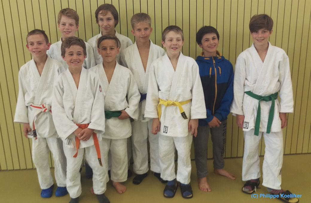 Die 2 Mannschaften zusammen: Team Aargau 1: Nico, Benjamin, Cyrill, André & Tim; Team Aargau 2: Kimo, Marco, Jéron & Nayan