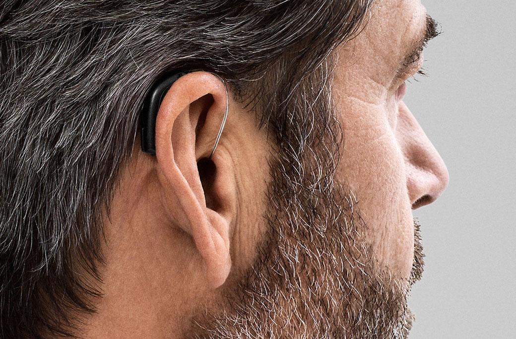 Audiometría in situ, utilizando los propios audífonos del paciente. Fotografía audífonos Oticon Opn.
