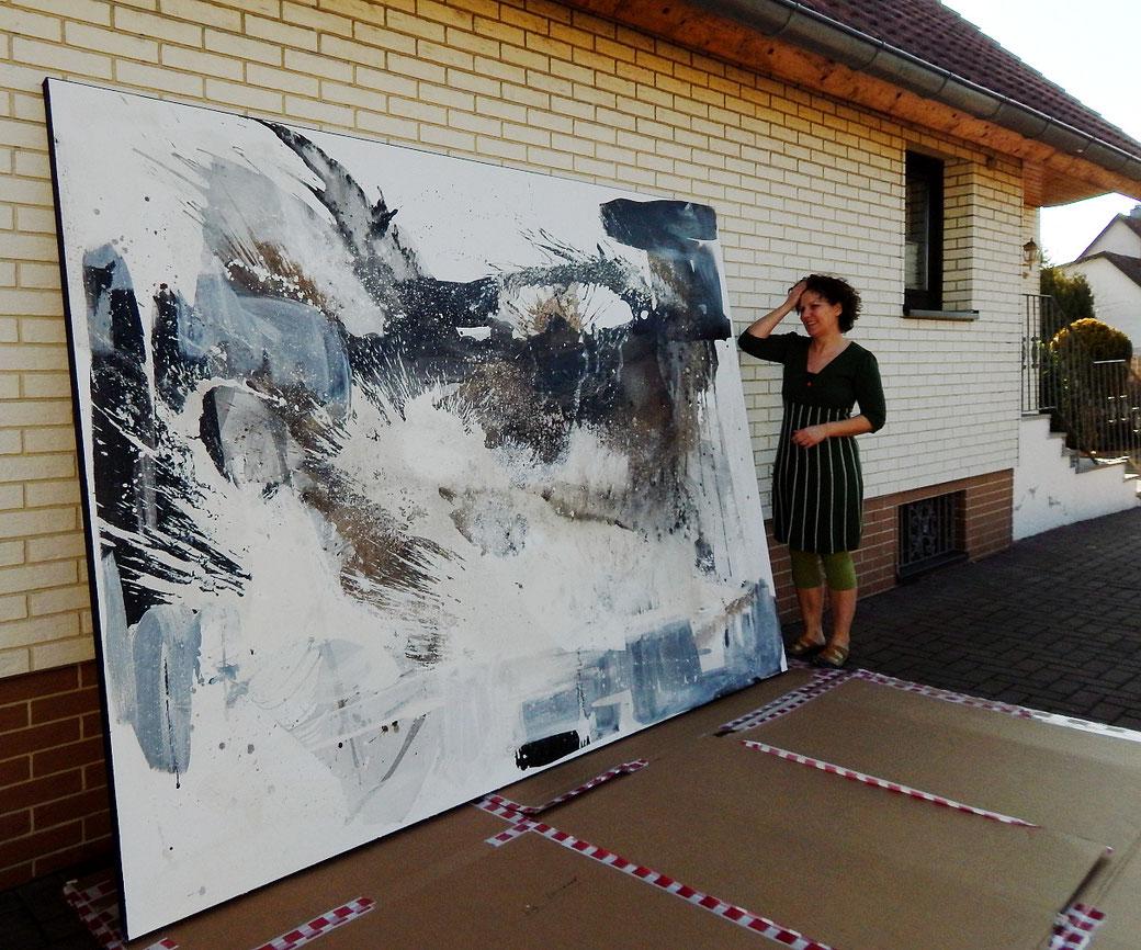 große abstrakte Bilder malen lassen