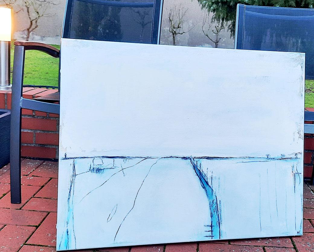 abstrakte hellblau weisse Landschaft