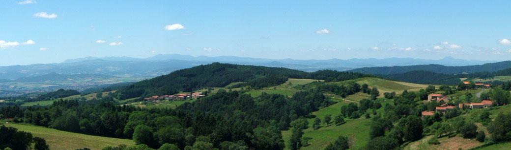 La vue depuis le village de Saint Hilaire