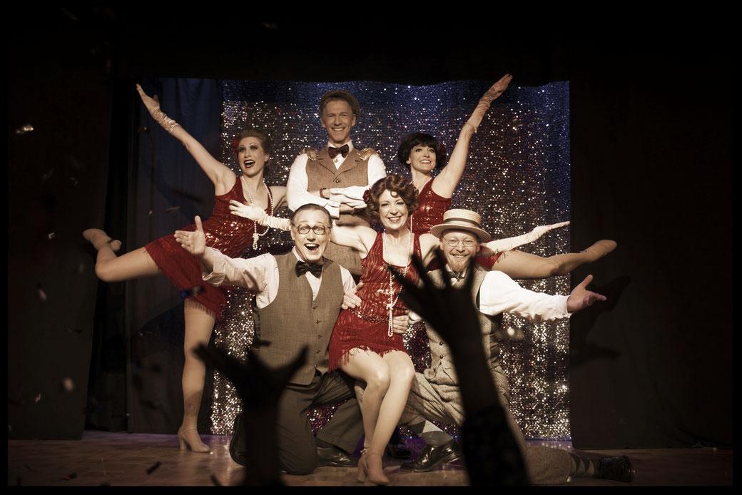 Speziell für Events mit Thema Zwanziger Jahre / Great Gatsby haben wir ein eigenes Showensemble. Wir gestalten auch abendfüllende Programme. Steptanz ist immer mit dabei! Steptanz aus München
