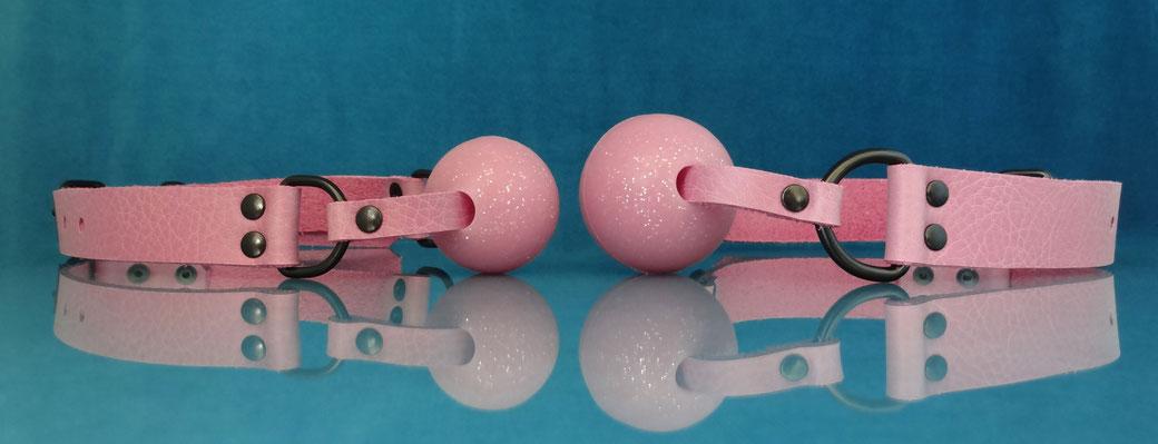 glitter gag pink ballgag pink leather ball gag pink genuine leather gag pink ball gag roze ballgag roze leren gag rose ballgag rose gag lederen ballgag roze leren ballgag roze gag roze ball gag leren ballgag roze glitter ballgag