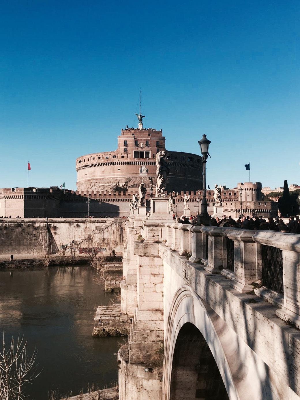Engelsburg am Tiber in Rom - In der Settimana dei Musei ist der Eintritt in das Mausoleum frei.